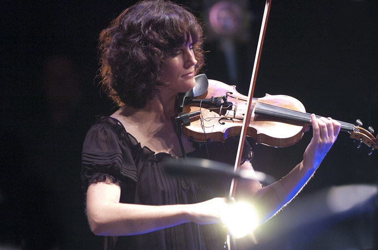 Jenny Scheinman in performance at the 2012 Guelph Jazz Festival