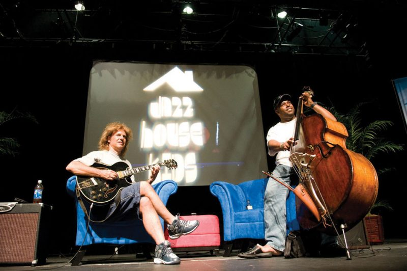 Pat Metheny (l.) with Christian McBride at a Jazz House Kids Inside the Jazz Note master class