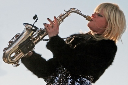 """Mindi Abair brings her music right to the ladies with """"Be Beautiful"""" at the 2013 Punta Gorda Wine & Jazz Festival"""