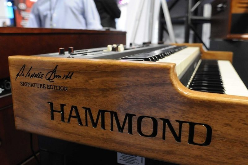 Hammond's limited-edition Dr. Lonnie Smith signature Sk2 organ, on display at Winter NAMM 2014
