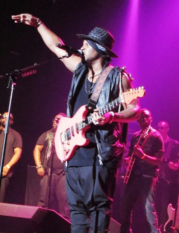 D'Angelo, Montreal, May 2013