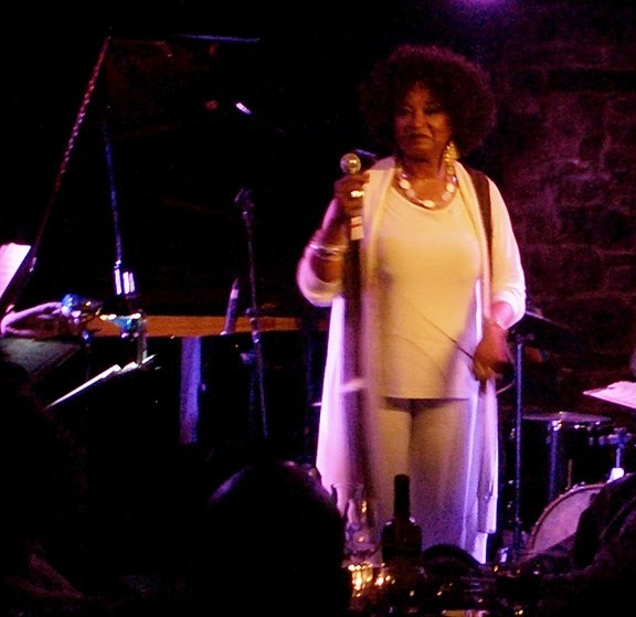 Ranee Lee performing  at the 2010 Montreal International Jazz Festival