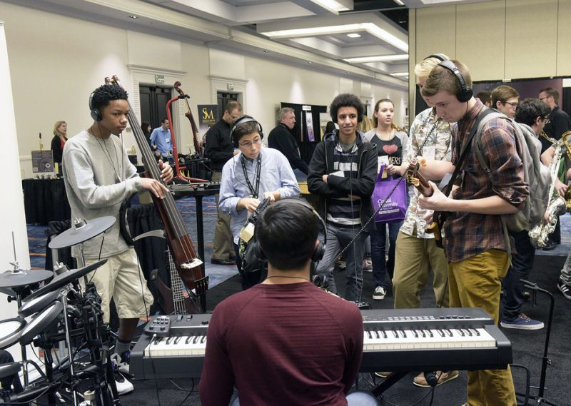 Jamming in the exhibit area, Jazz Education Network conference, San Diego, 1-15