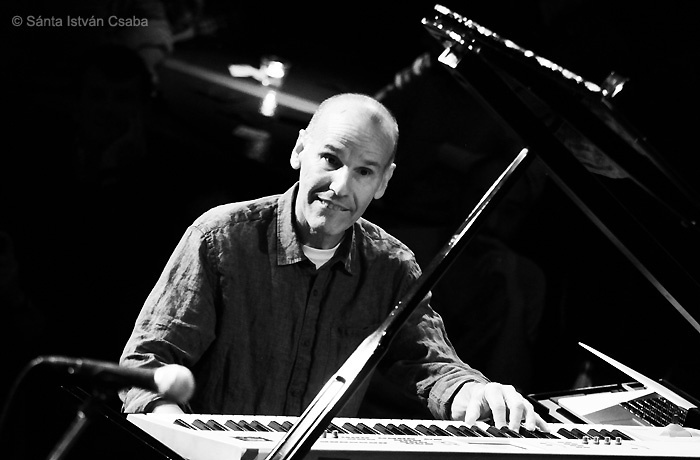 Russell Ferrante of Yellowjackets performs at Blue Note Milano