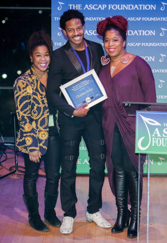 """Asia and Nicole Ashford present Charles Duke with the """"Reach Out and Touch"""" Award in honor of Nick Ashford at the 2016 ASCAP Foundation Honors"""